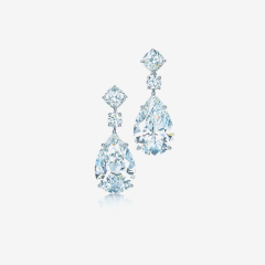 Tiffany & Co earrings of pear shaped diamonds with cushion-cut and round diamonds in platinum